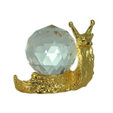 Snail figurine is an exquisite Crystal Zoo handmade Bohemian lead crystal
