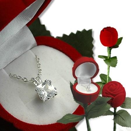 A Single Rose with Pendan Heart Cut Stone